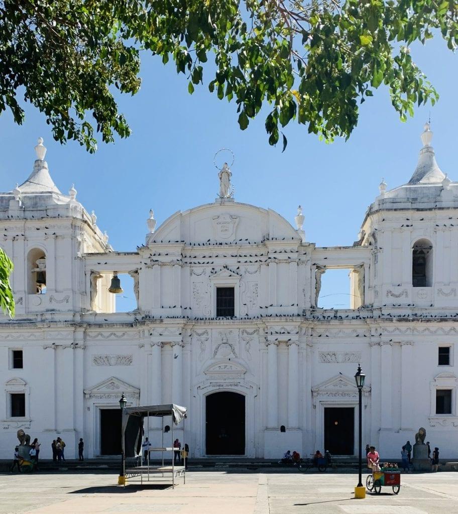 Antigua to leon