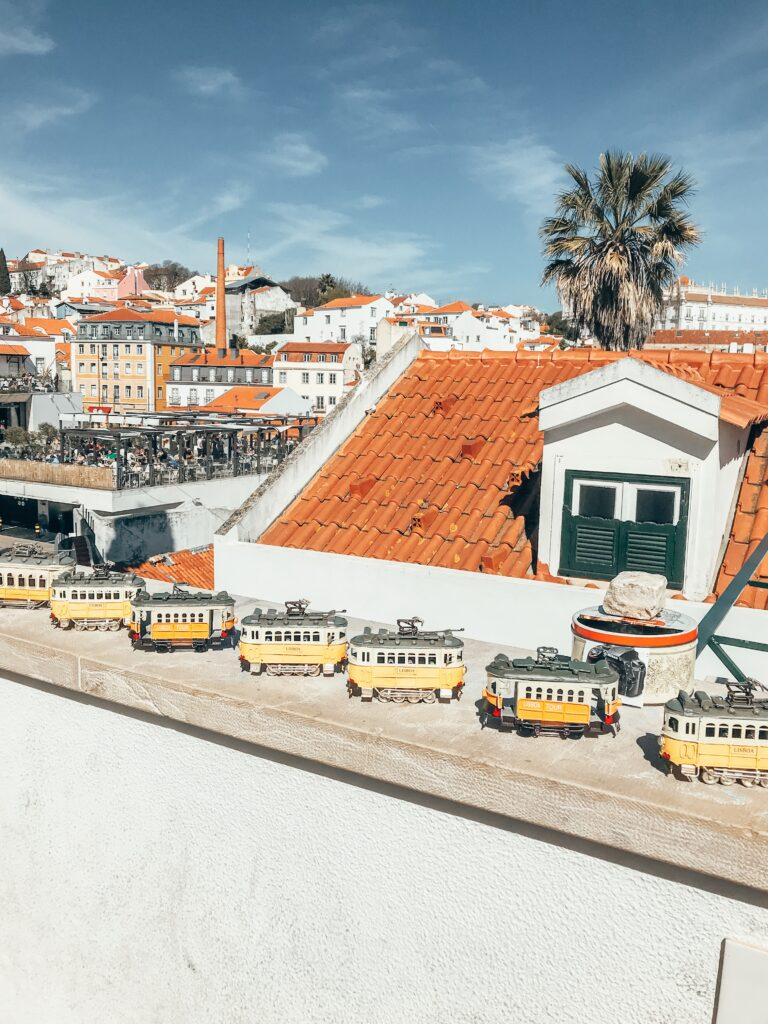 travel guide Lisbon